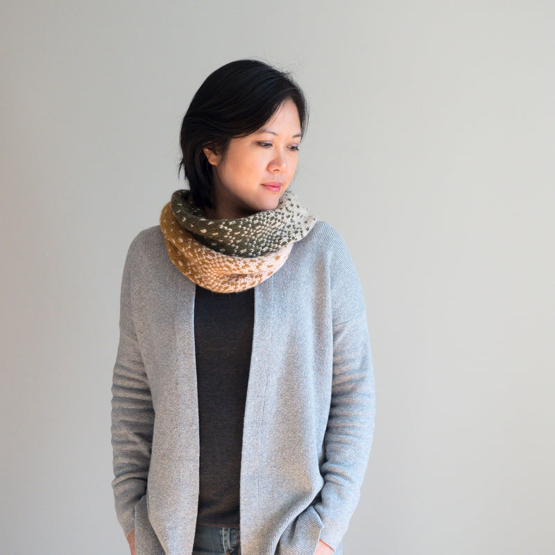 Knit Kit - Fading Waves Cowl