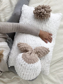 Knit Kit - Hereford Bunny (Neutral)