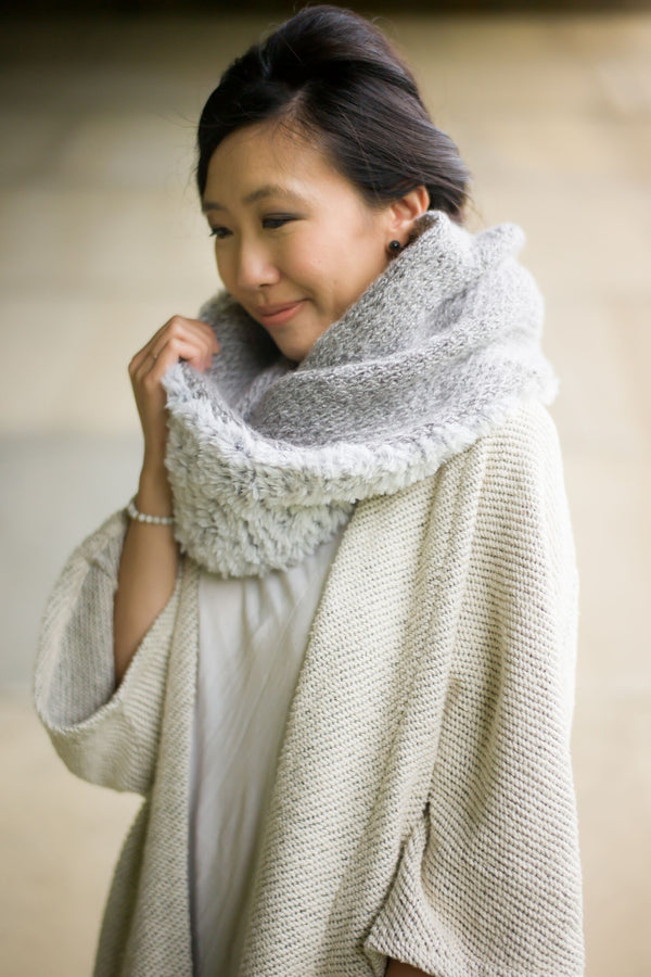 Knit Kit - Luxe Faux Fur Cowl