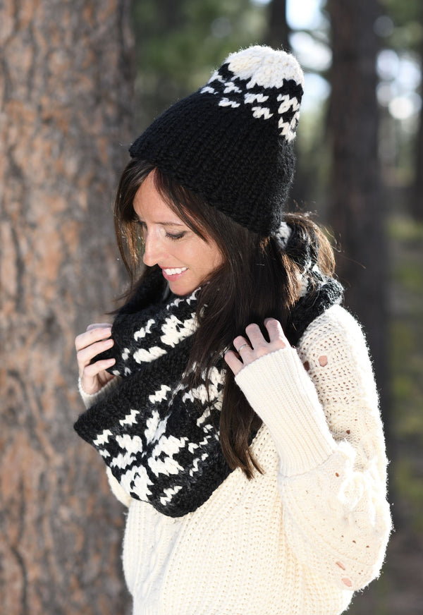 Knit Kit - Scandinavian Knit Hat and Scarf Set