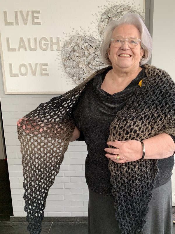 Crochet Kit - Simple V-Stitch Shawl
