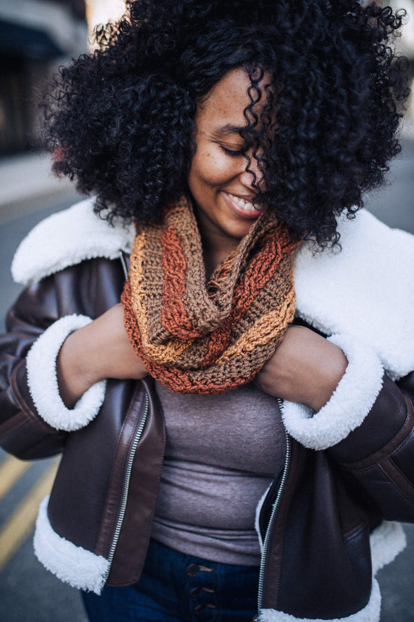 Angella Cabled Cowl (Crochet)