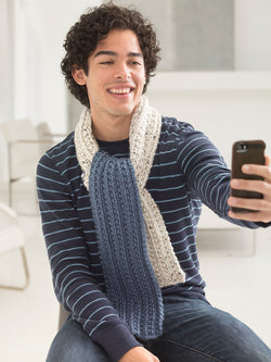 Jeans And A T-Shirt #Scarfie (Knit)