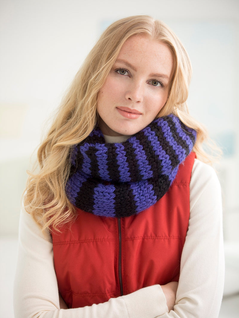 Quick Striped Cowl (Knit)
