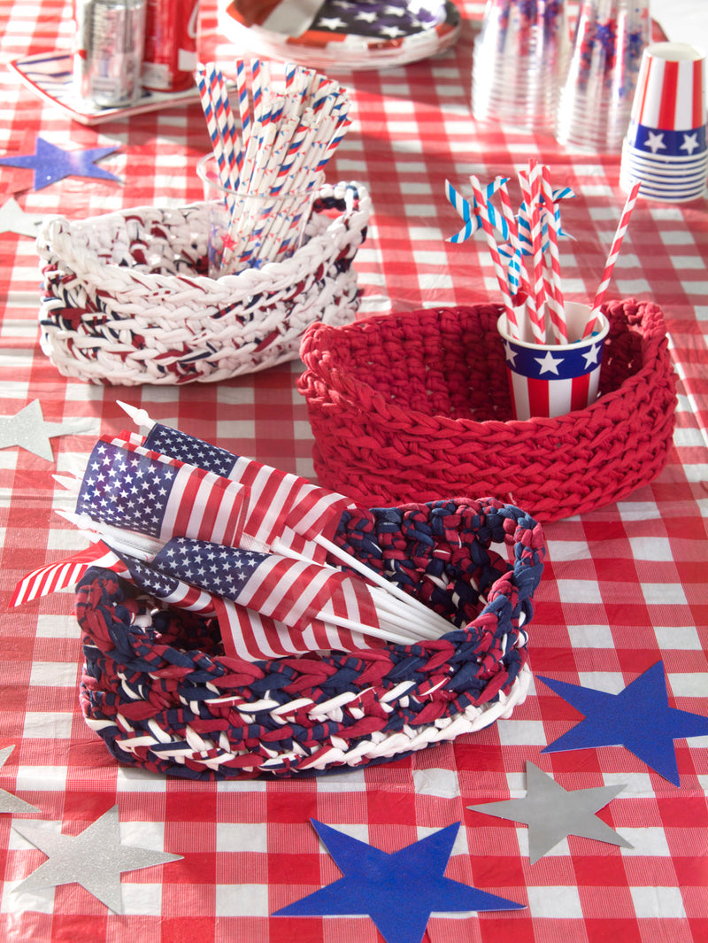 Picnic Table Baskets (Crochet)