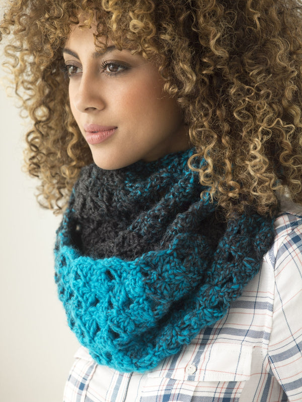 1 Ball Cowl (Crochet)