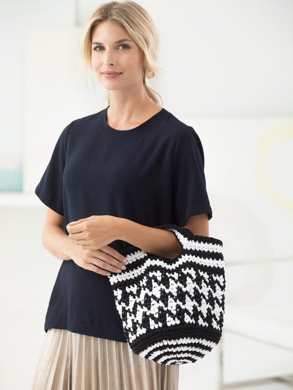 Black And White Bag (Crochet)