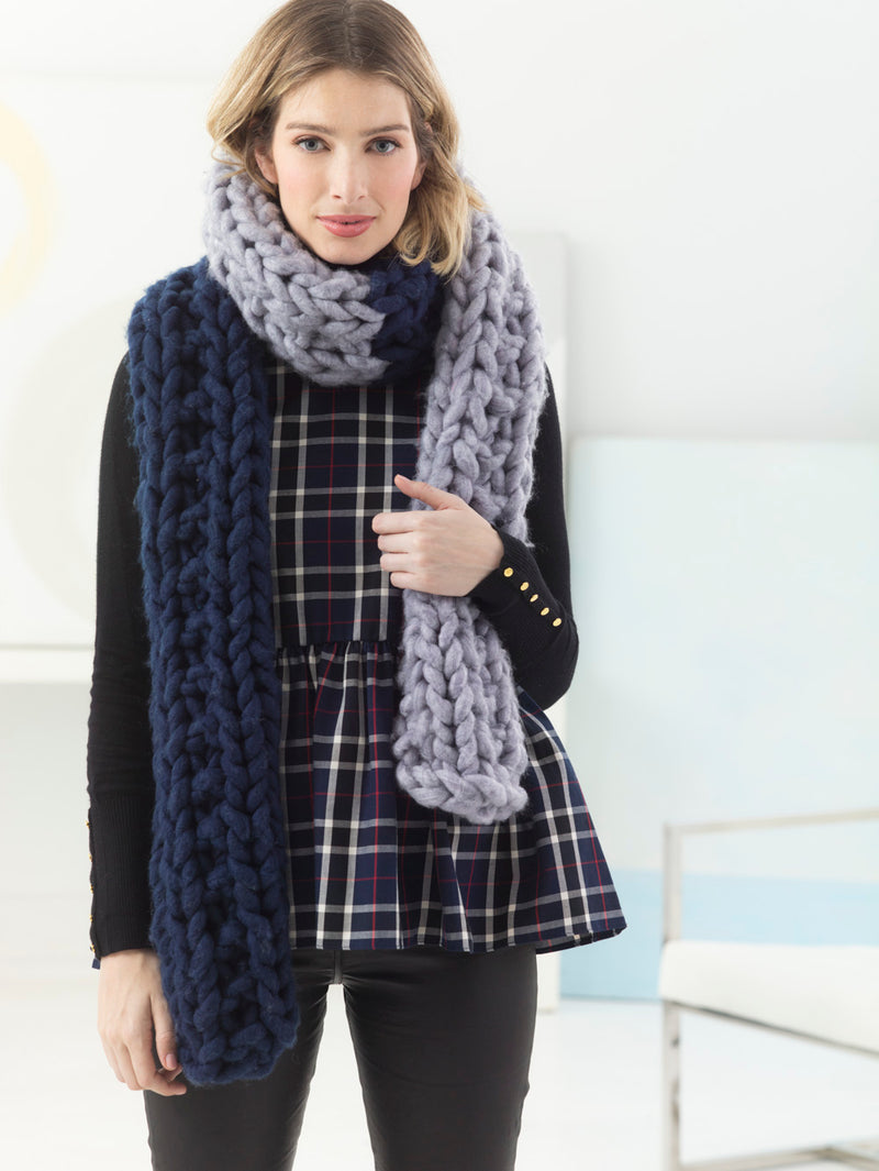 Two Color Scarf (Knit)