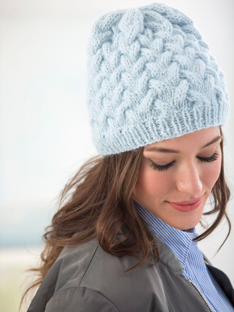 Waving Cables Hat (Knit)