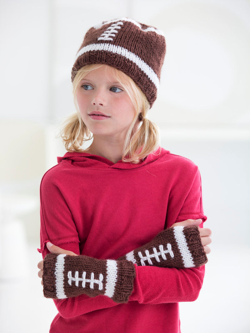Child's Football Hat And Wristlets (Knit)