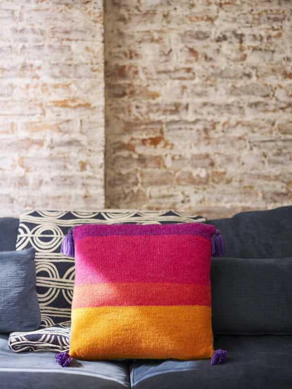 Tassel Trimmed Pillow (Knit)