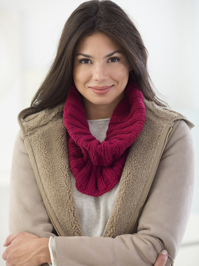 Cozy Ribbed Cowl (Knit)
