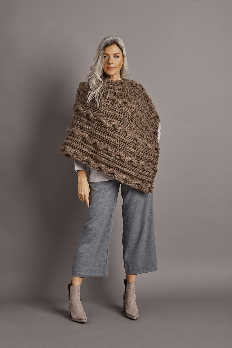 Cabled Poncho (Knit)
