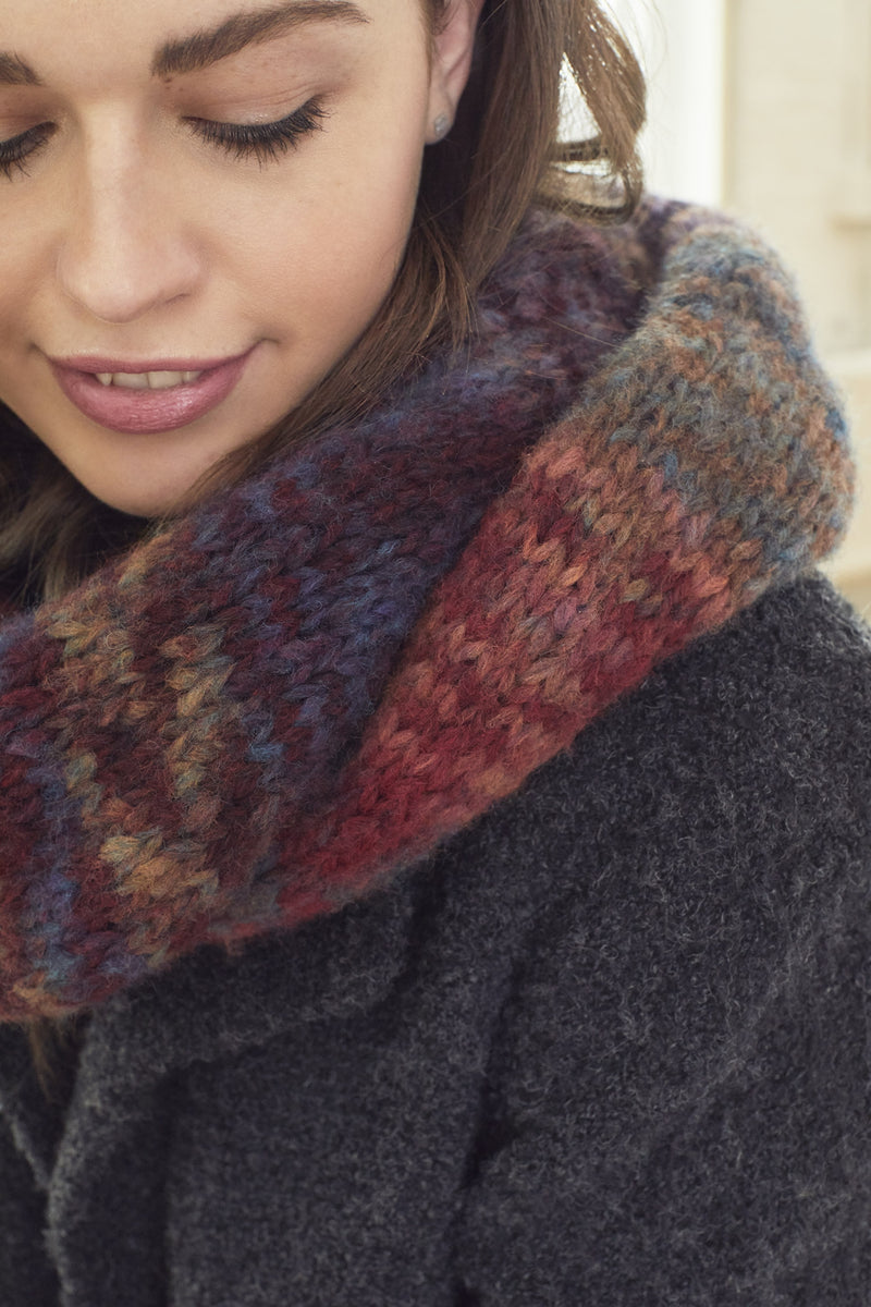 Shaded Cowl (Knit)