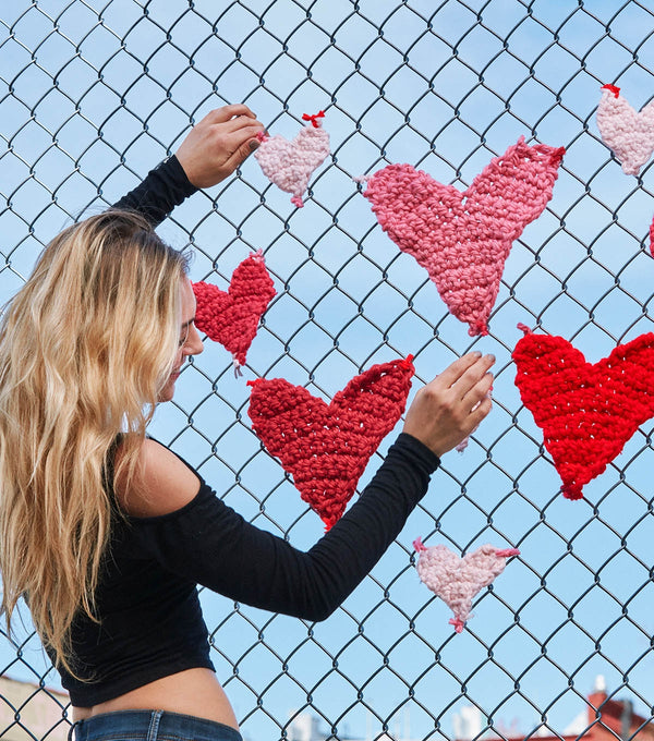 London Kaye Mini Hearts (Crochet)