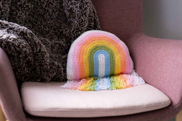 Rainbow Pillow (Crochet)