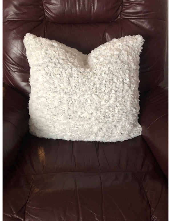 Snow Day Cushion Cover (Knit)