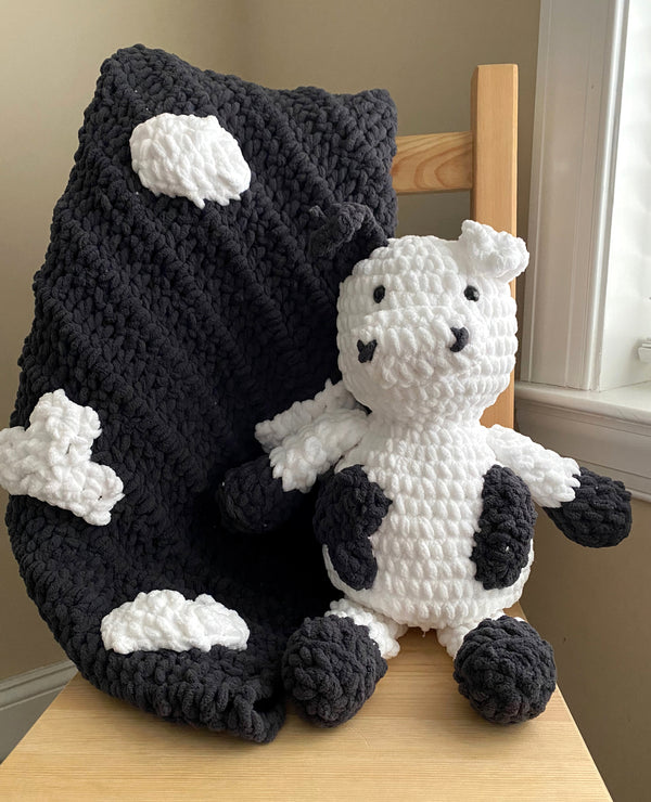 Cow Blanket (Crochet)