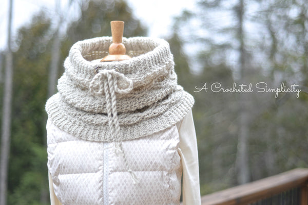 Crochet Kit - Timeless Cabled Cowl