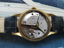 Load image into Gallery viewer, Junghans Vintage Wristwatch Calibre 93.1