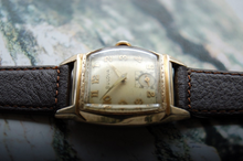 Load image into Gallery viewer, Bulova Vintage Wristwatch 1950s