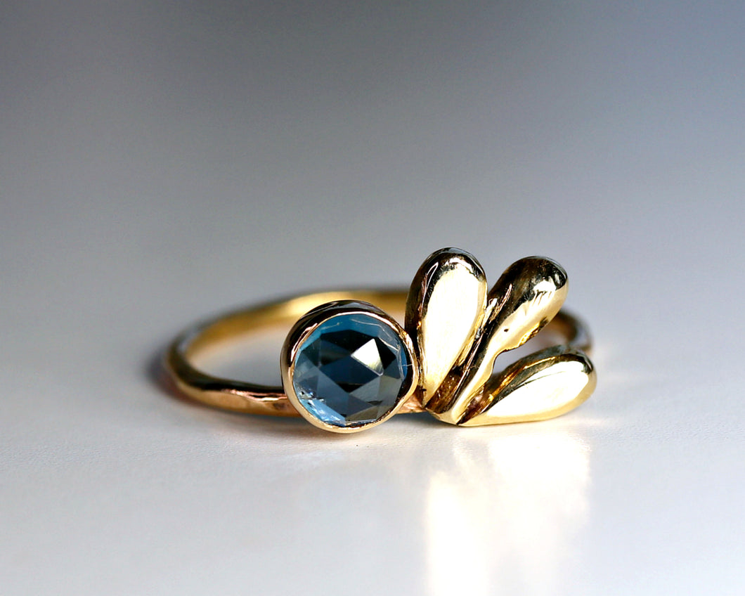 14k Cluster Leaf London Blue Topaz Ring