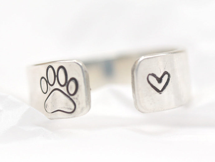 Personalized Pet Memorial Paw Ring, Silver Dog Ring with Paw