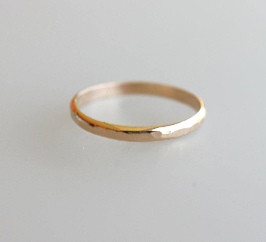 14k Solid Gold Plain Wedding Band Hammered