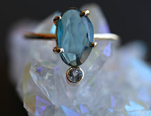 Load image into Gallery viewer, 14k Solid Gold London Blue Topaz Ring