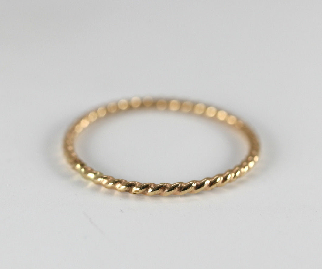14k Solid Gold Twisted Band