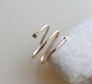 14k Gold Teal Blue Sapphire Wrap Around Gold Ring