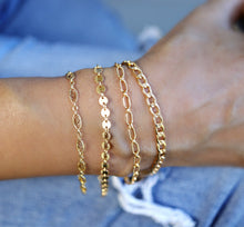 Load image into Gallery viewer, Gold Chunky Chain Stacking Bracelet