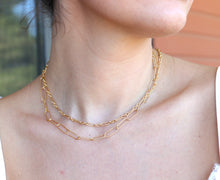 Load image into Gallery viewer, Gold Paper Clip Necklace