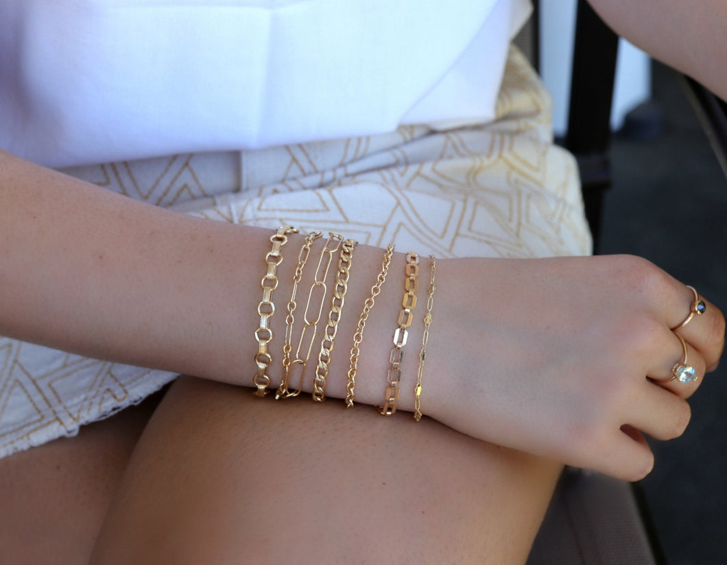 Gold Rectangle Chain Bracelet