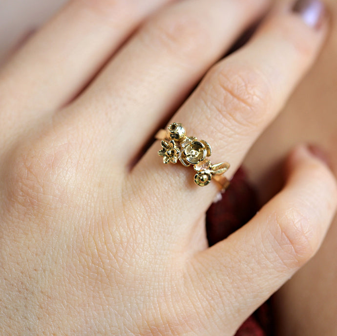 14k Gold Flower Cluster Ring