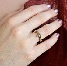 Load image into Gallery viewer, 14k Solid Gold Chevron Wedding Band, Gold V Ring