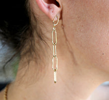 Load image into Gallery viewer, Gold Chain Minimal Earrings