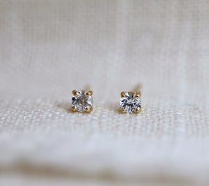 14k Gold White Sapphire Earrings, Minimalist Earrings, White Sapphire Bridal Earrings