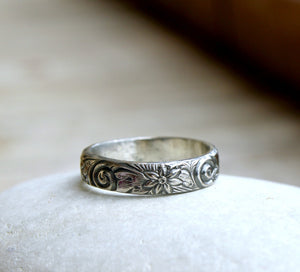 Floral Stacking Ring, Antiqued Flower Wedding Band