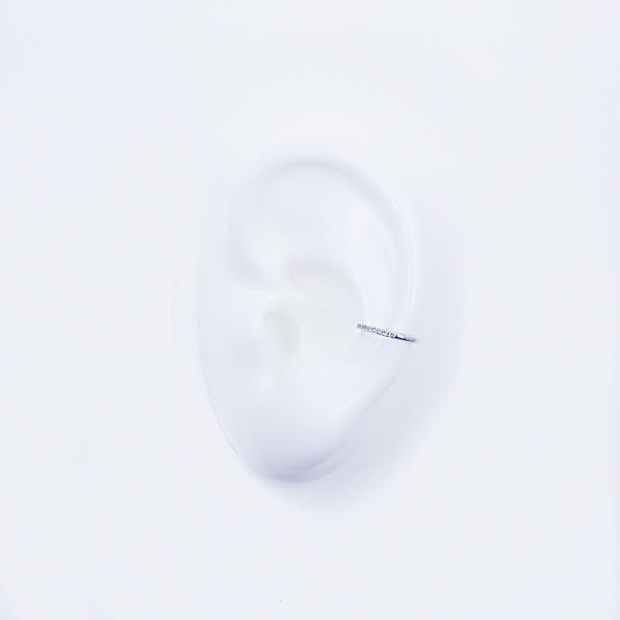 Single Row Skinny Ear Cuff