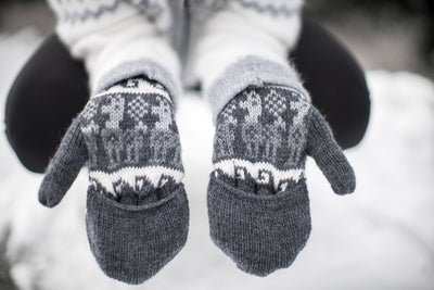 Peruvian Alpaca Gloves Dark Grey