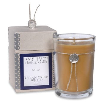 Votivo No. 19 Clean Crisp White Candle