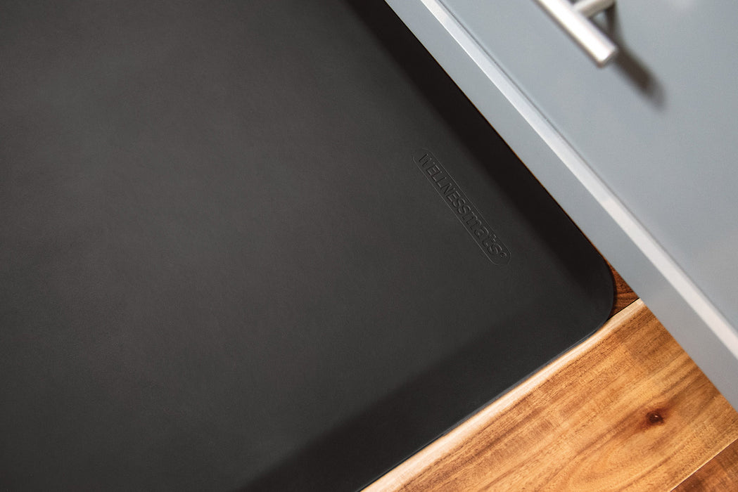 WellnessMats Original Collection in Black, 6' by 2'