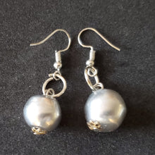 Load image into Gallery viewer, ER: Wear Everyday Aluminium ball Earring