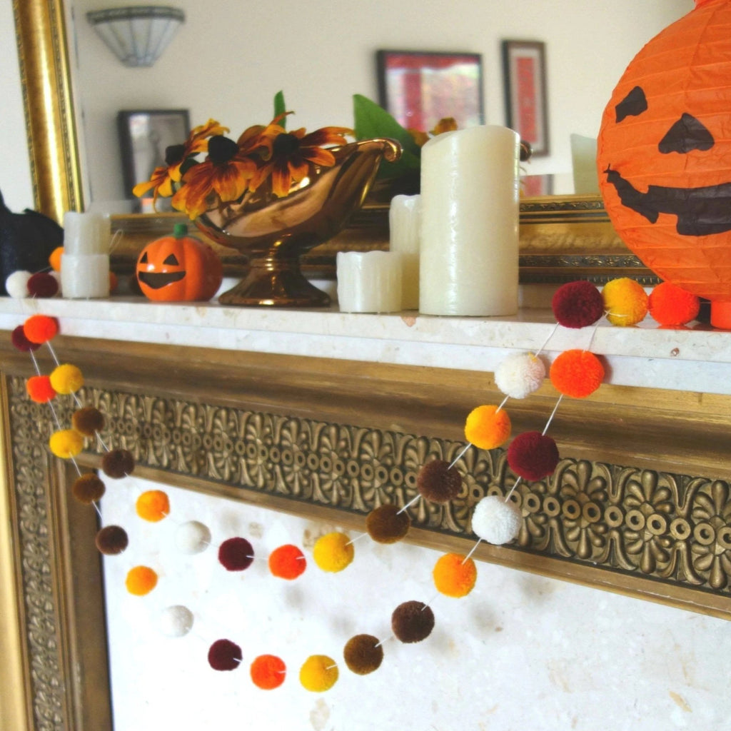 Thanksgiving Pompom Garland, Fall Pom Pom Garland,Autumn Decor,Pumpkin Harvest, Rustic, Halloween Decor, Thanksgiving Decor, Bunting Banner