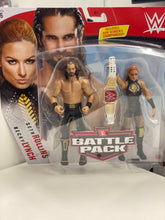 Load image into Gallery viewer, WWE Battle Pack Seth Rollins & Becky Lynch