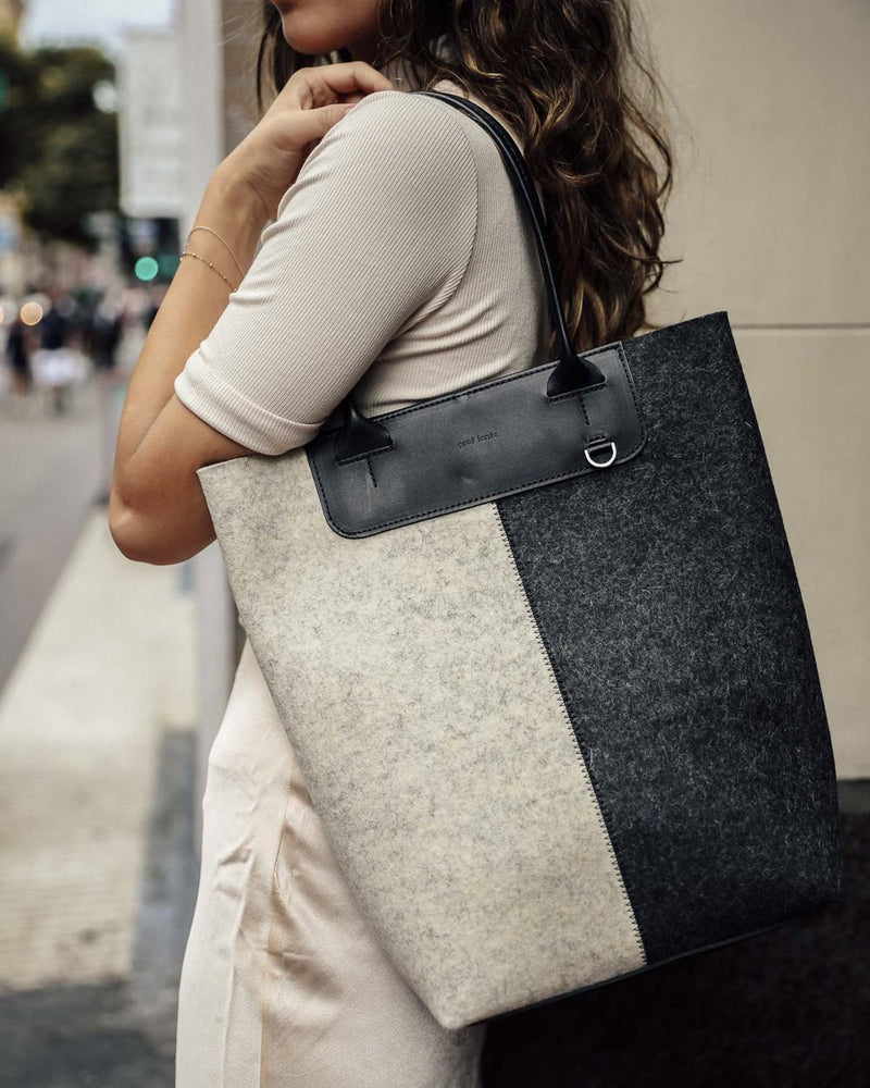 Aiko Petite -Charcoal, heather White felt, Black  Leather