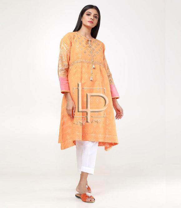 women-embroidered-kurti