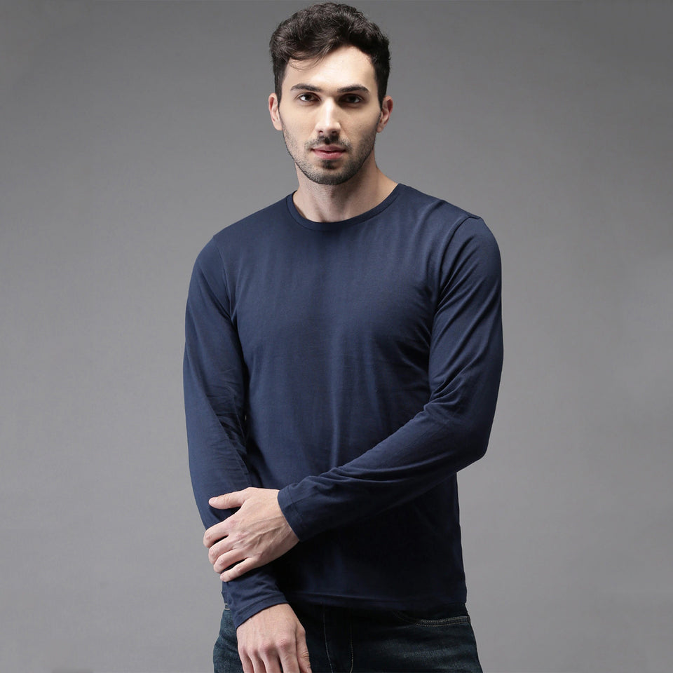 Men Dark Blue Solid Round Neck T-shirt