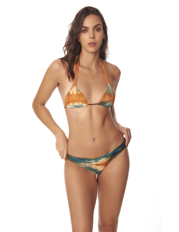 Conjunto Water & Planet Dusk Fall Sky. Conjunto De Bikini Teñido A Mano Color Dusk Fall Sky. Entreaguas